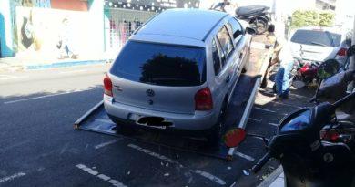 IMG 20190428 115728 390x205 - Motorista tem carro guinchado após estacionar em vagas de moto no centro de Birigui