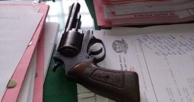 IMG 20190502 WA0074 390x205 - PM recupera revólver roubado em Birigui