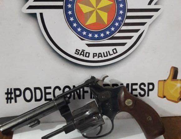 IMG 20190529 WA0012 581x445 - Homem é preso por posse ilegal de arma de fogo no bairro Calçadista