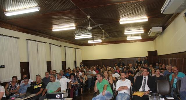 audiozero - Prefeitura e munícipes de Birigui debatem sobre Concessão e Ampliação do Sistema de Água em Audiência Pública