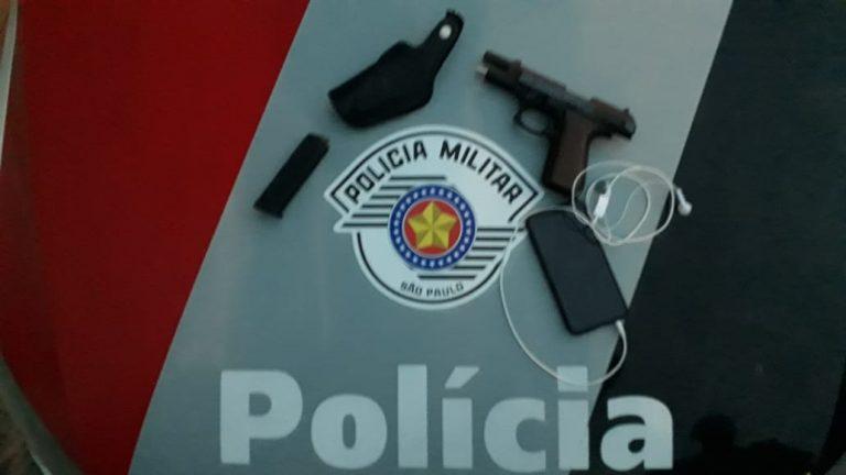 Arma 768x432 - Homem é preso após roubo de celular em Birigui