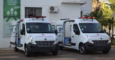 ambu2 390x205 - Prefeitura de Birigui adquire duas novas ambulâncias