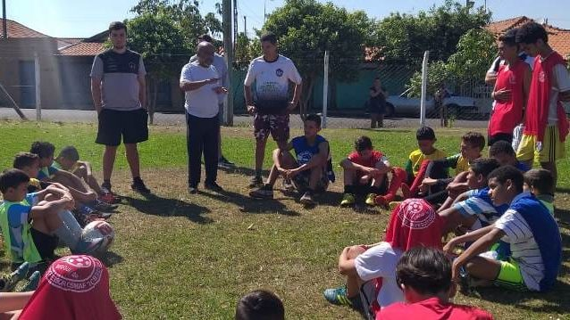 cropped FB IMG 1567104350220 - Escolinha de futebol do Toselar está com vagas para crianças de 7 a 17 anos