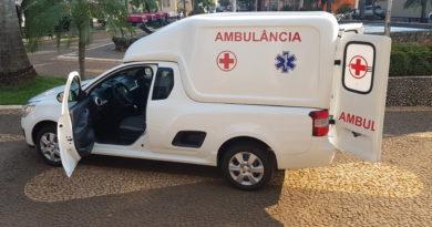 ambu3 390x205 - Prefeitura adquire mais uma ambulância para a Saúde
