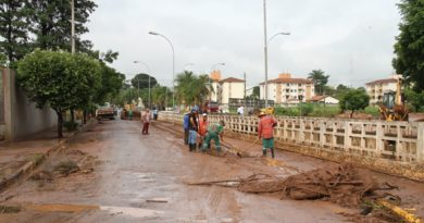 parqueobra2 390x205 - Obra irá aumentar vazão de água do Biriguizinho visando diminuir alagamentos
