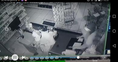 Screenshot 2019 10 30 10 57 31 390x205 - Câmeras de segurança flagram furto em Coroados
