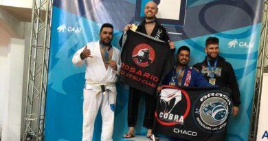 cropped argentina2 390x205 - Biriguiense ganha título em Campeonato Argentino de Jiu-Jitsu