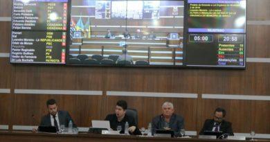 1576095899 53129 390x205 - Presidente da Câmara de Birigui adquiri 2 veículos novos para uso do Legislativo