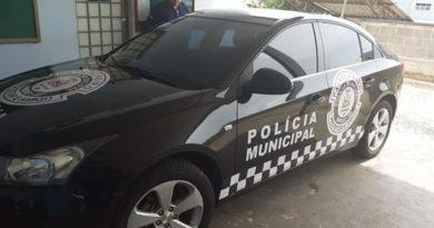 Presidente da Câmara remaneja veículo de luxo para a Polícia Municipal