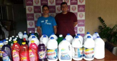 FB IMG 1576445126516 390x205 - Equipe Pace Livre arrecada 125 litros de desinfetante em ação solidária