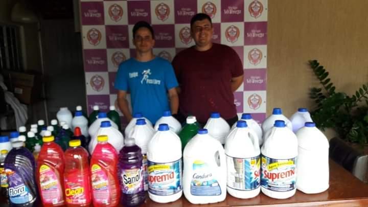 FB IMG 1576445126516 - Equipe Pace Livre arrecada 125 litros de desinfetante em ação solidária