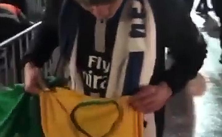 IMG 20191216 193644 720x445 - PRECONCEITO: Brasileiro é impedido de ostentar bandeira e uniforme com as cores do Brasil em jogo do Paris St Germain na França
