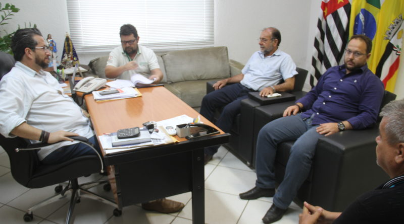 IMG 5150 800x445 - Prefeito autoriza construção de 2 pontes no Cidade Jardim; Investimento da Prefeitura de Birigui será de R$ 3,5 milhões
