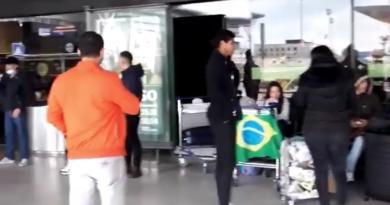 IMG 20200427 175524 390x205 - Cerca de 30 brasileiros aguardam repatriação no aeroporto de Lisboa