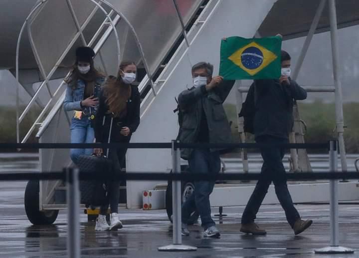 FB IMG 1588368526240 - COVID-19: 1794 brasileiros são repatriados e deixam Portugal
