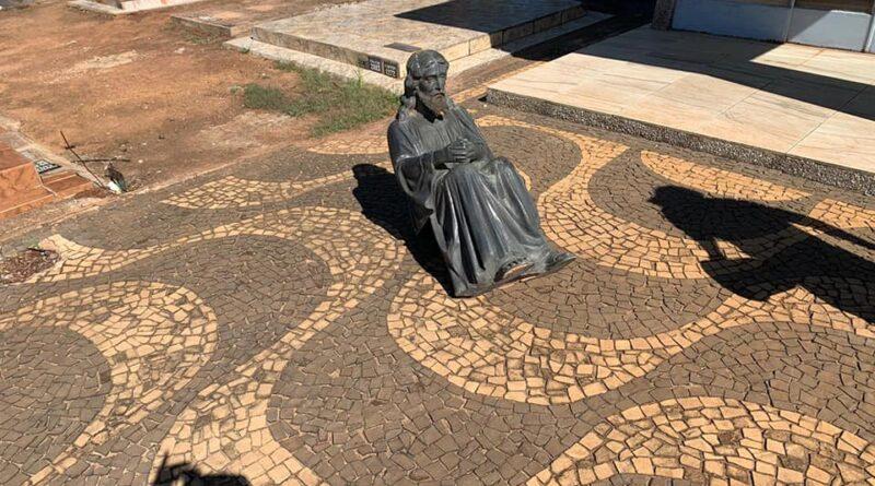 1606595188918 tumulo1 800x445 - Em três semanas, três furtos foram registrados no Cemitério Saudades, em Birigui