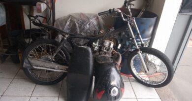 1609435903840 foto receptacao 390x205 - Polícia Militar apreende moto furtada em oficina de Birigui
