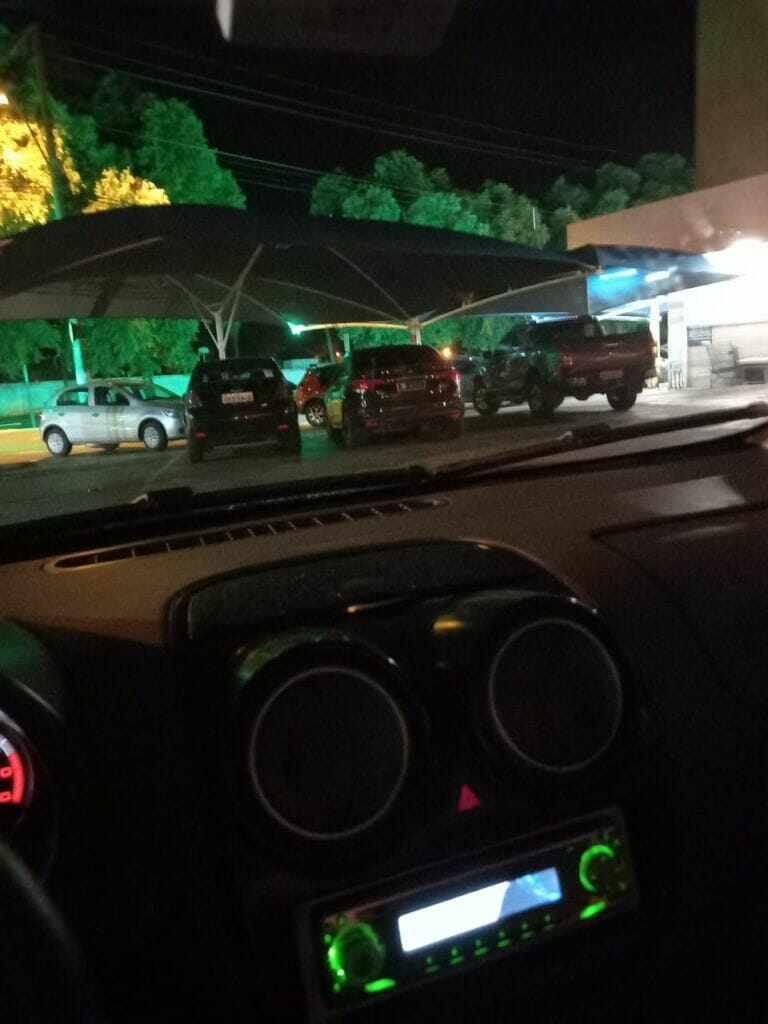 IMG 20210113 WA0000 768x1024 - Carro oficial da Prefeitura de Birigui causa polêmica após ser flagrado em estacionamento de supermercado