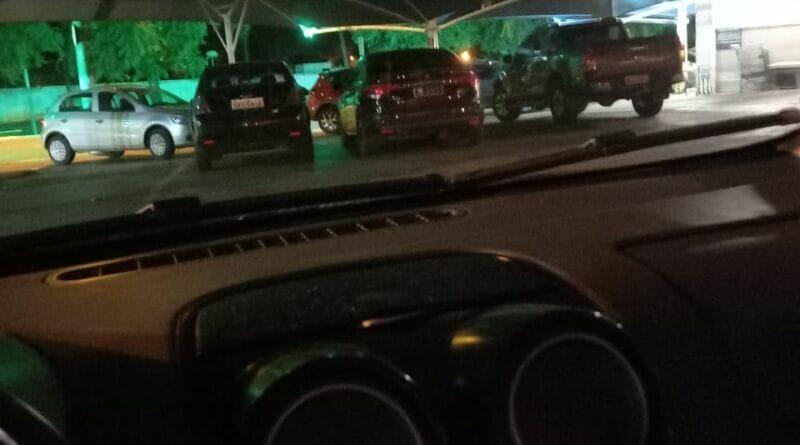 IMG 20210113 WA0000 800x445 - Carro oficial da Prefeitura de Birigui causa polêmica após ser flagrado em estacionamento de supermercado