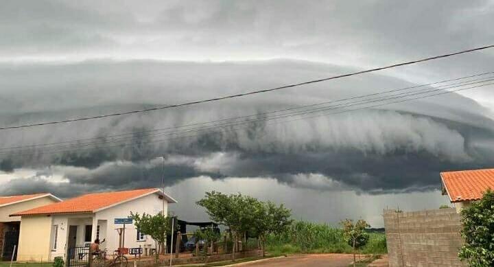 IMG 20210121 004451 - Formação de nuvem gigante assusta moradores no Brejo Alegre