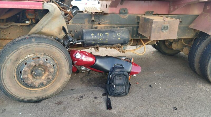 IMG 20210225 WA0084 800x445 - Motociclista fica em estado grave após acidente em Birigui