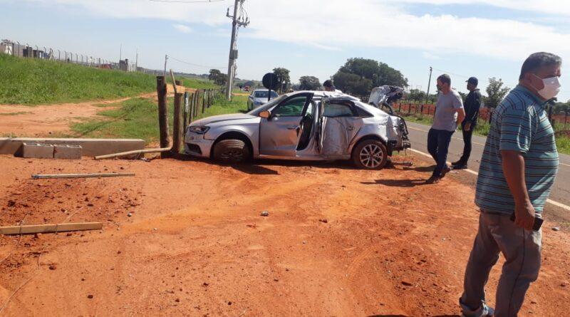 IMG 20210313 WA0110 800x445 - Motorista fica ferido após acidente em estrada vicinal de Birigui