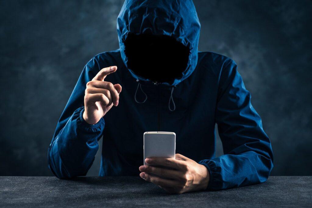 stalking 1024x682 - Artigo: STALKING, crime de perseguição e seus reflexos