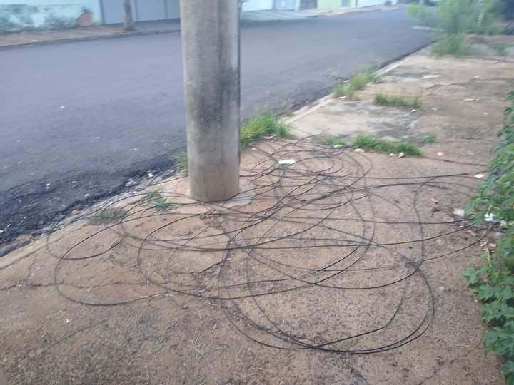 FB IMG 1613135348157 1 - Prefeitura reúne CPFL e empresas de internet para resolver problemas com fios soltos